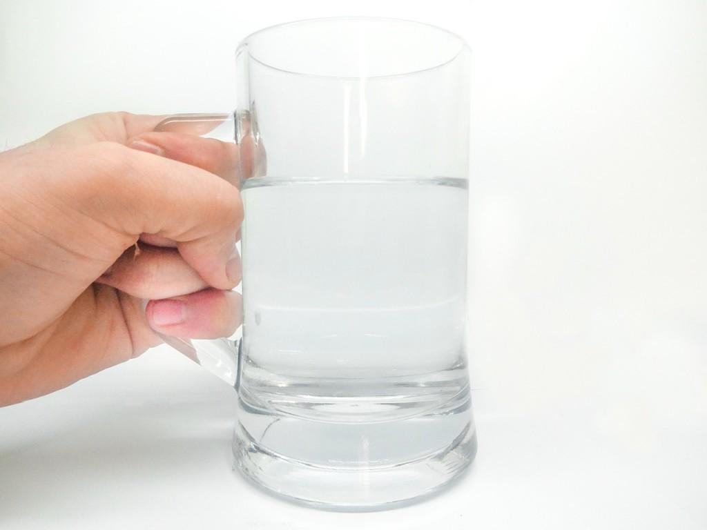 朝一杯で元気な身体に。健康に嬉しい白湯のススメ